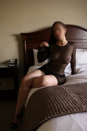 Leonille outcall escorts